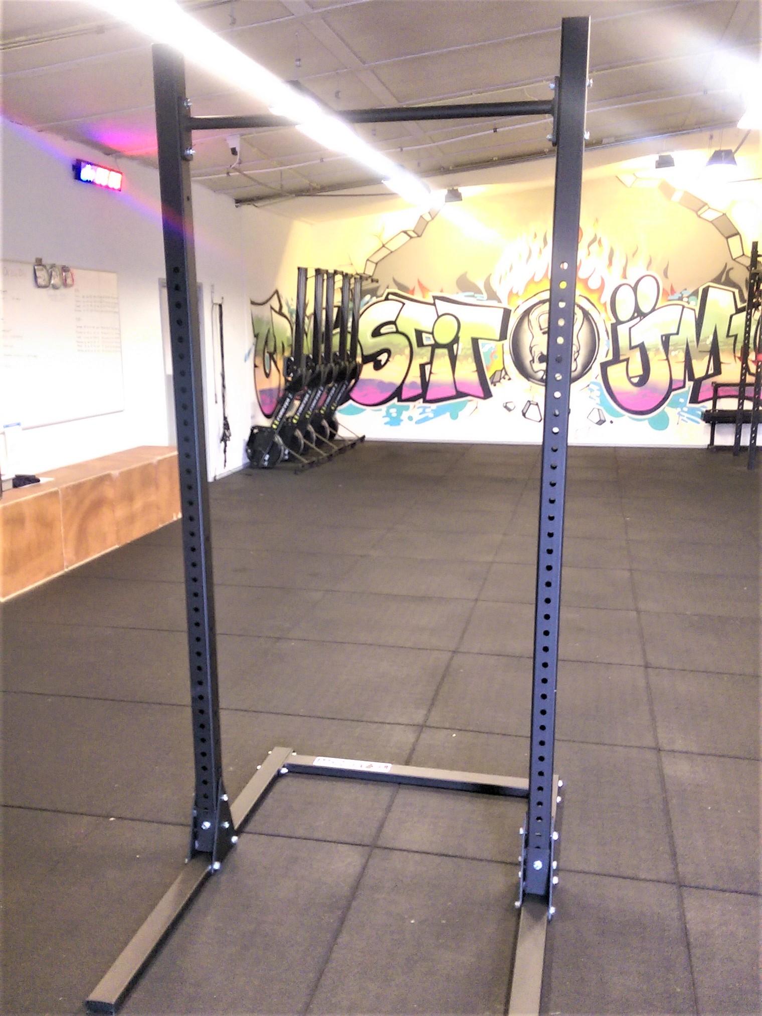 free-standing-squat-rack